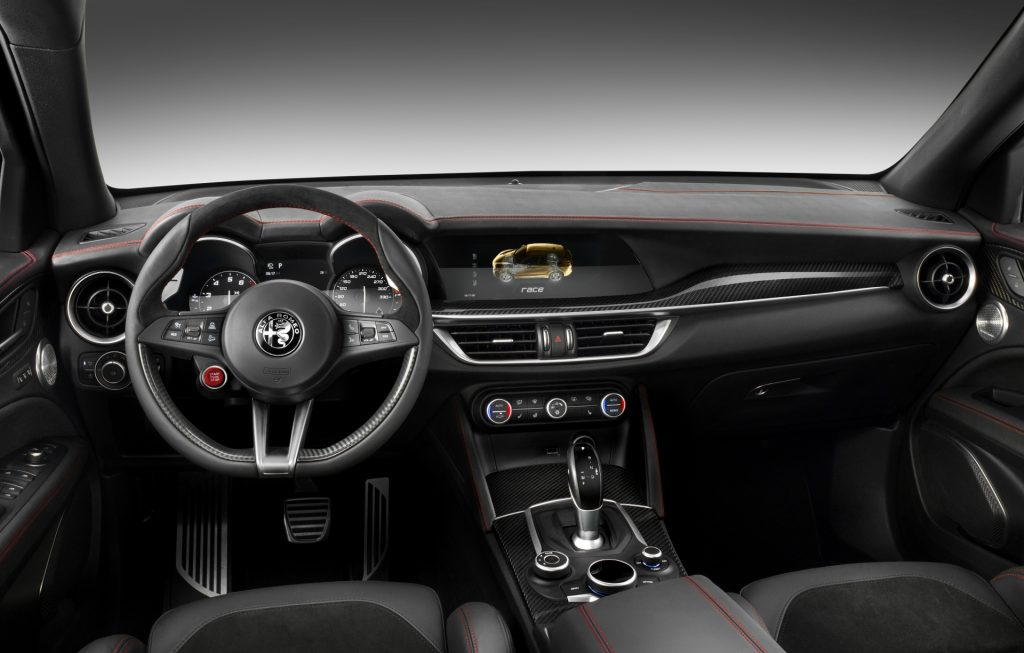 Alfa Romeo Stelvio Quadrifoglio interior