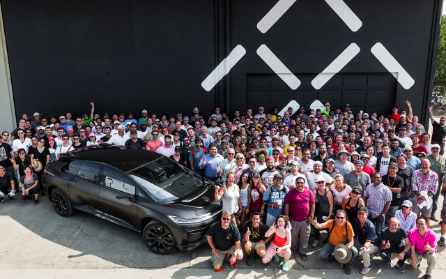 Faraday Future sunt captivi in…prezent