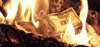 Doua vorbe despre bani aruncati